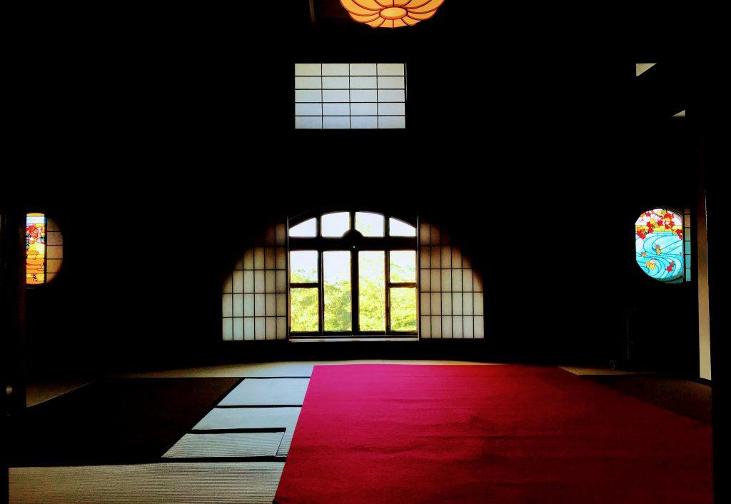 特別拝観中のまは和洋折衷で美しさを凝縮した作りになっている。